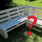 Zdjęcie ławki wykonanej z europalet